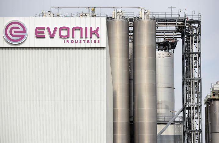 Das Logo des Chemiekonzerns Evonik