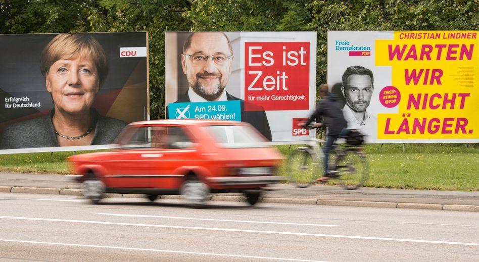 Wahlplakate in Erfurt: Auch die Börse interessiert sich für die Bundestagswahl