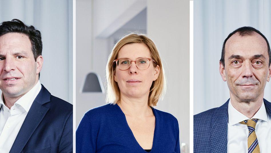 Chefredaktion: Antonia Götsch vom Harvard Business Manager, Sven Oliver Clausen (l.) und Martin Noé vom manager magazin.