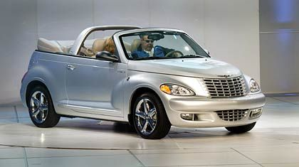 Rückwärtsgewandet: Der PT Cruiser macht Anleihen bei Chrysler-Karossen aus Al Capones Zeiten