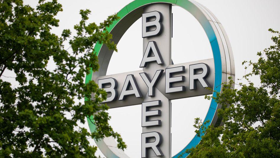 Bayer muss für einen verspätete Mitteilung viel Strafe bezahlen