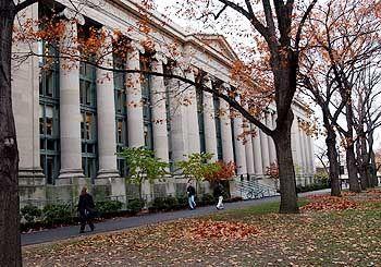 Reichste Uni der Welt: Campus der Harvard Universität in Cambridge