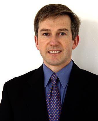 Michael Bondzio ist Experte für Kommunikation und Geschäftsführer der Agentur Plusplus mit Sitz in Hamburg. Diese entwickelt für kleine und mittlere Unternehmen Kommunikationskonzepte.