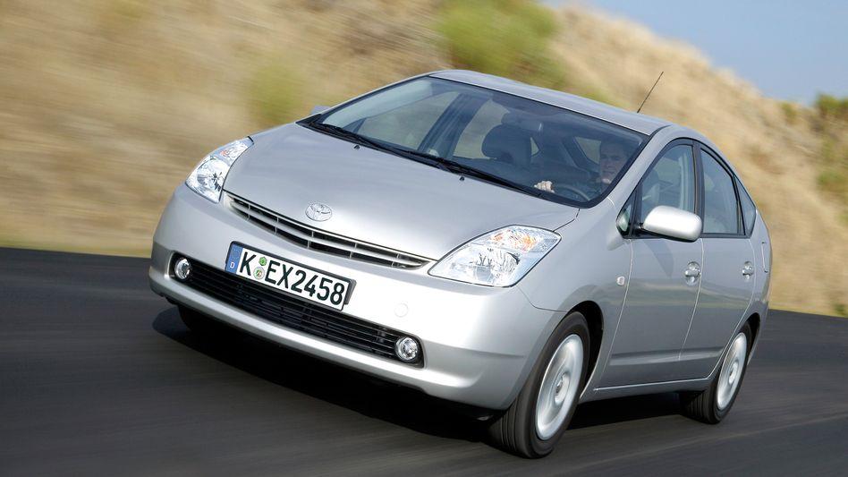 Probleme mit den Bremsen: Toyota ruft sein erfolgreiches Hybrid-Fahrzeug Prius zurück