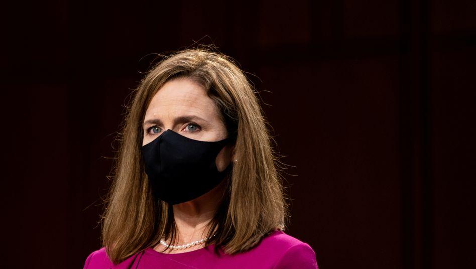 Amy Coney Barrett bei der Anhörung