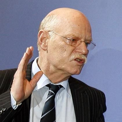 Gibt nicht auf: SPD-Fraktionschef Peter Struck glaubt an den angestrebten Börsengang der Bahn
