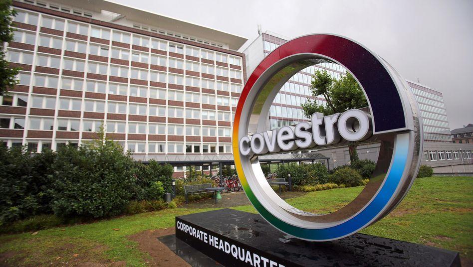 Covestro-Zentrale in Leverkusen: Der Kunststoffkonzern erfreut mit guten Nachrichten die Investoren