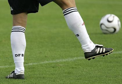Beziehungskrise: Adidas will zwar Ausrüster des DFB bleiben, aber nicht soviel zahlen wie Nike