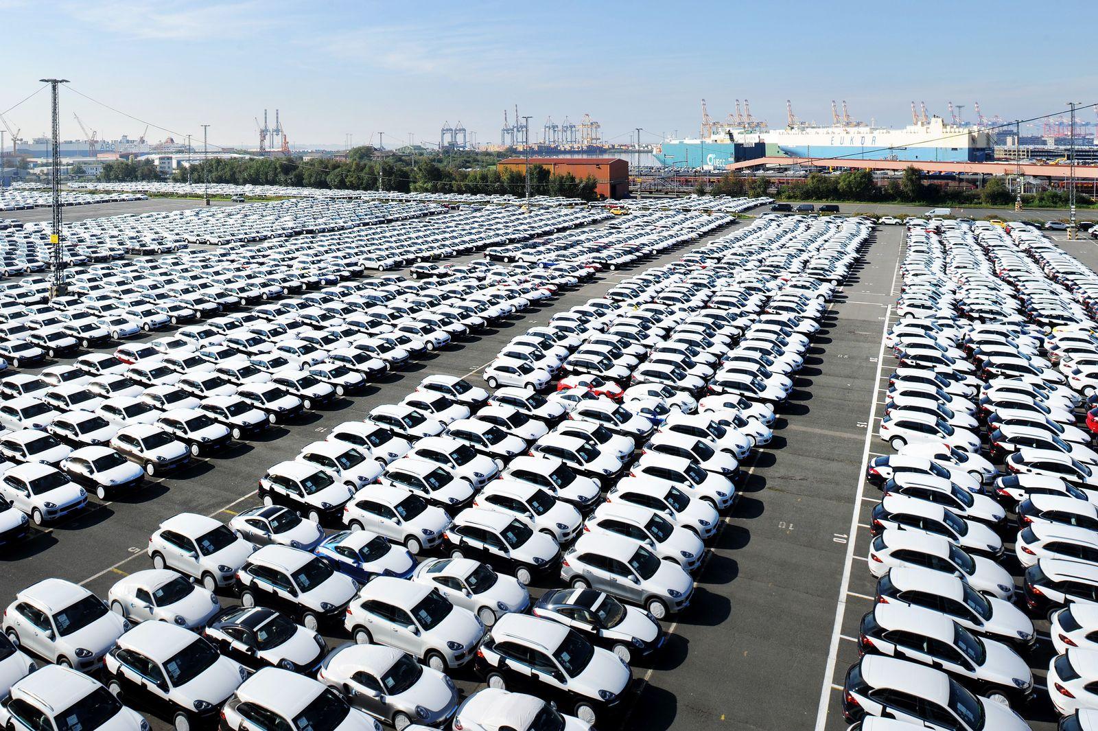 Deutschland / Export / USA / Auto-Export / Importzölle / Autoterminal Bremerhaven