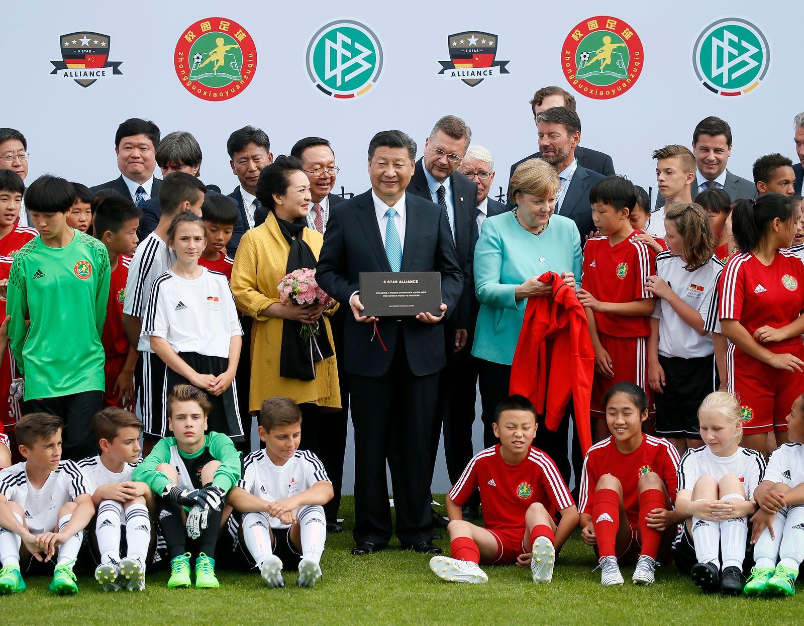 Xi Jinping, Merkel, Rorsted, Löw und co