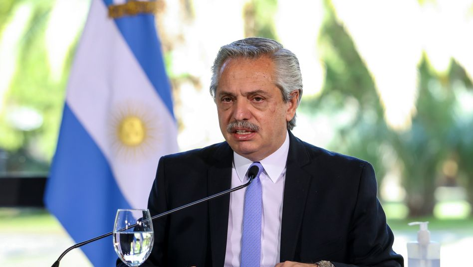 """""""Das Maximum, das wir anbieten können"""": Argentiniens Präsident Alberto Fernández hat im Schuldenstreit den Gläubigern ein letztes Angebot gemacht."""