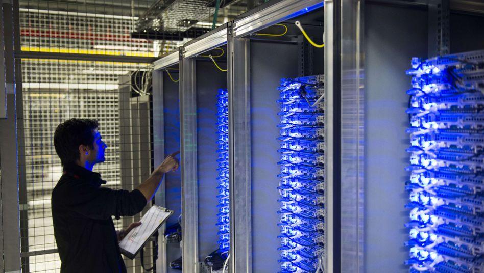 Internet-Server in Frankreich: Viele Nutzer sind gegenüber der Speicherung von Daten im Netz skeptisch
