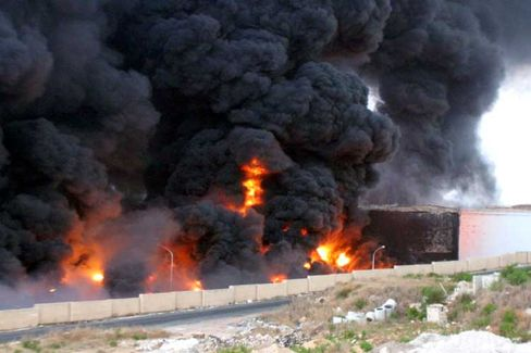 Angriff auf den Libanon: Israelisches Militär zerstört ein Treibstofflager in Jiyeh mit Raketen
