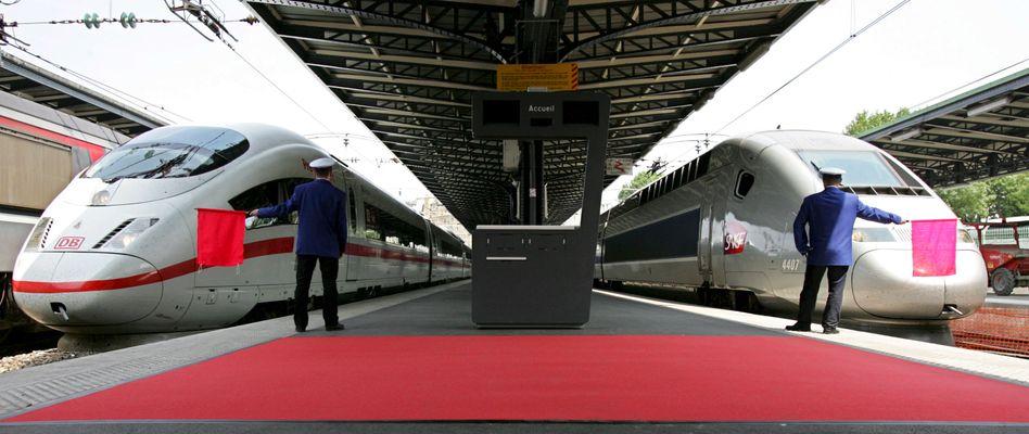 ICE, TGV im Bahnhof: Der Versuch von Siemens und Alstom, die Zugsparten zu fusionieren, scheiterte beim ersten Mal am Einspruch der EU-Kommission