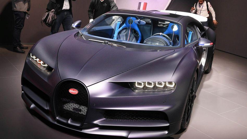 Bugatti Chiron auf einer Auto-Show in Genf: Der Luxushersteller wird an den kroatischen Elektrospezialisten Rimac verkauft