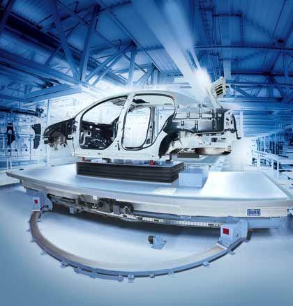 Fahrzeugkarosse auf einem Skidförderer: Dürr bietet Komplettlösungen für die Fahrzeugendmontage aus einer Hand - von der Montagetechnik bis zu Prüf- und Fördersystemen