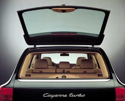 Cayenne Turbo: Kofferraumvolumen bis zu 1770 Liter