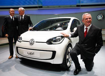 VW-Hoffnung: Unternehmenschef Martin Winterkorn präsentiert den Up, den es auch als E-Fahrzeug geben soll