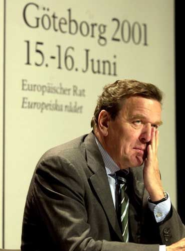 Gerhard Schröder in Göteborg, 2001: Hier hatten die Staats- und Regierungschefs der EU die Erweiterung von 2004 abschließend beraten