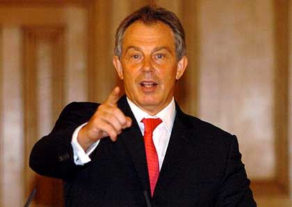 Britischer Ex-Premier Blair: Schädlicher Einfluss von Mindestlöhnen nicht nachweisbar