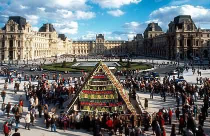 """Schauplatz des Verbrechens: Dan Browns Bestseller """"The Da Vinci Code"""" beginnt und endet im Louvre in Paris"""
