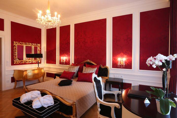 """Schlafen wie eine Kaiserin - so sieht das """"The Suite"""" im Schloss Schönbrunn aus."""