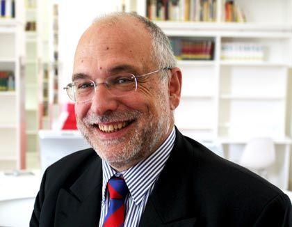 Akademisch: Werner Esser, Schulleiter in Louisenlund, will das Leistungsniveau heben