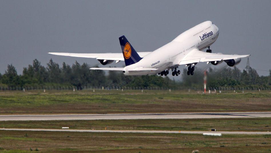 Boeing 747-8 der Lufthansa: Wartungsaufträge in Amerika durch Bestechung erlangt