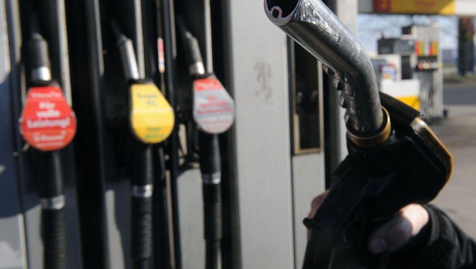 Kraftstoff für das Auto: Noch ist Diesel an den Tankstellen günstiger als Benzin