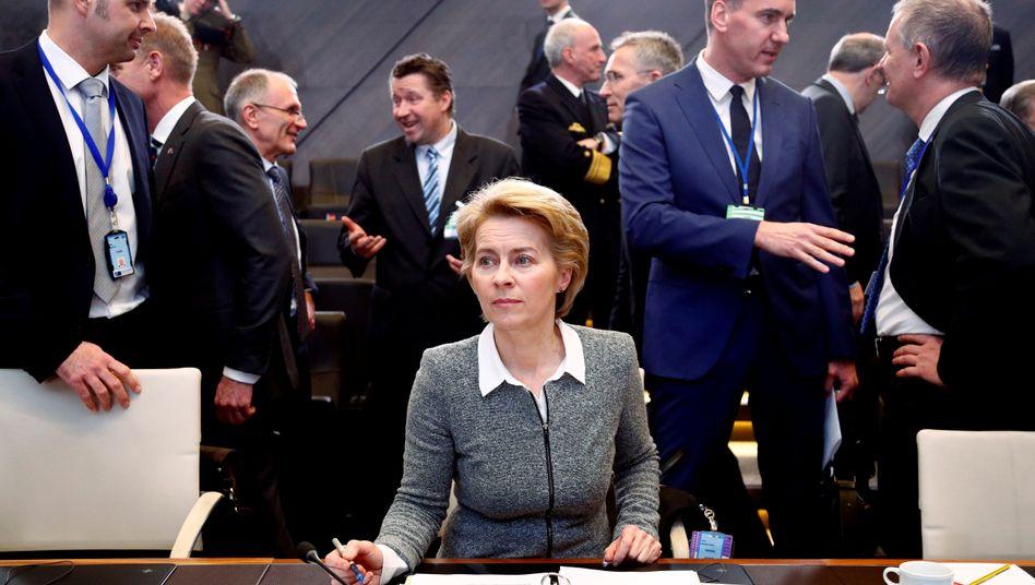 Ursula von der Leyen: Die Noch-Verteidigungsministerin soll nach dem Willen der EU-Regierungschefs die EU-Kommission führen. IWF-Chefin Christine Lagarde ist unterdessen als EZB-Chefin vorgesehen