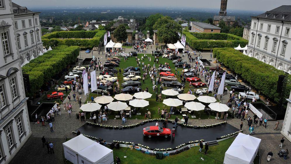 Oldtimer-Rallye Schloss Bensberg Classics: Wo VW-Manager mit Rennfahrern wetteifern