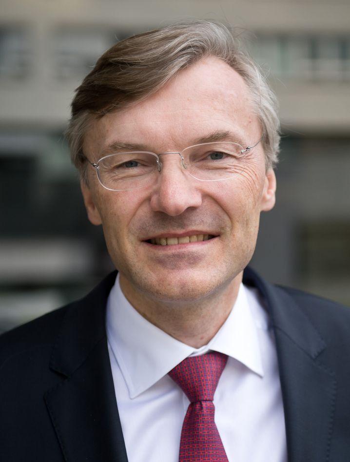 Kurzarbeit möglich, Stellenabbau nein: Wolf-Henning Scheider (Bild Archiv), Chef des nach Bosch und Continental drittgrößten Automobilzulieferers ZF Friedrichshafen will ohne Stellenstreichungen durch die Krise kommen