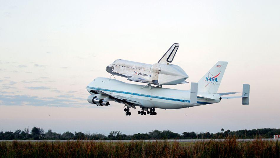 Luftfahrtikone: Boeings 747 transportierte schon das Space Shuttle (Archivaufnahme, 2012)