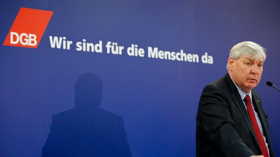 DGB-Chef Michael Sommer: Glaubt an politische Lösung der Staatsschuldenkrise