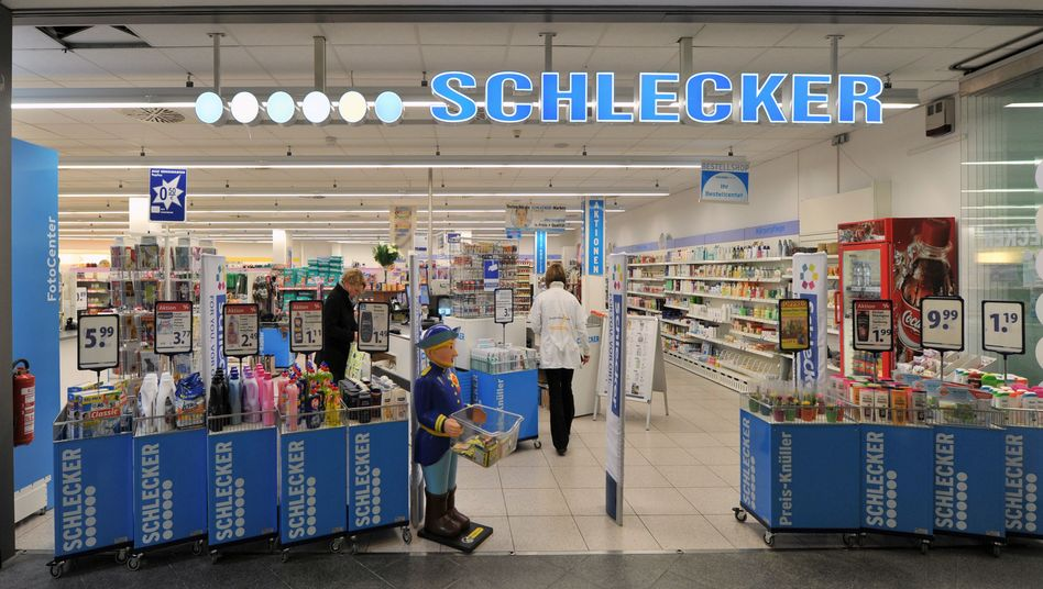 Filiale der Drogeriemarktkette Schlecker: Insolvenzverwalter unter Druck