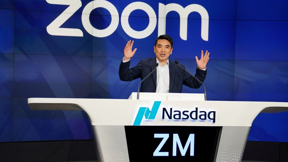 Angeblich kein Problem: Zoom-CEO Eric Yuan will trotz des Rückschlags am Expansionskurs festhalten