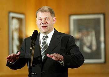 Der Antreiber: Olaf Scholz, Parlamentarischer Geschäftsführer der SPD gilt als einer der Väter der Idee des Deutschlandfonds. Das SPD-Vorstandsmitglied leitet den entsprechenden Ausschuss seiner Partei.