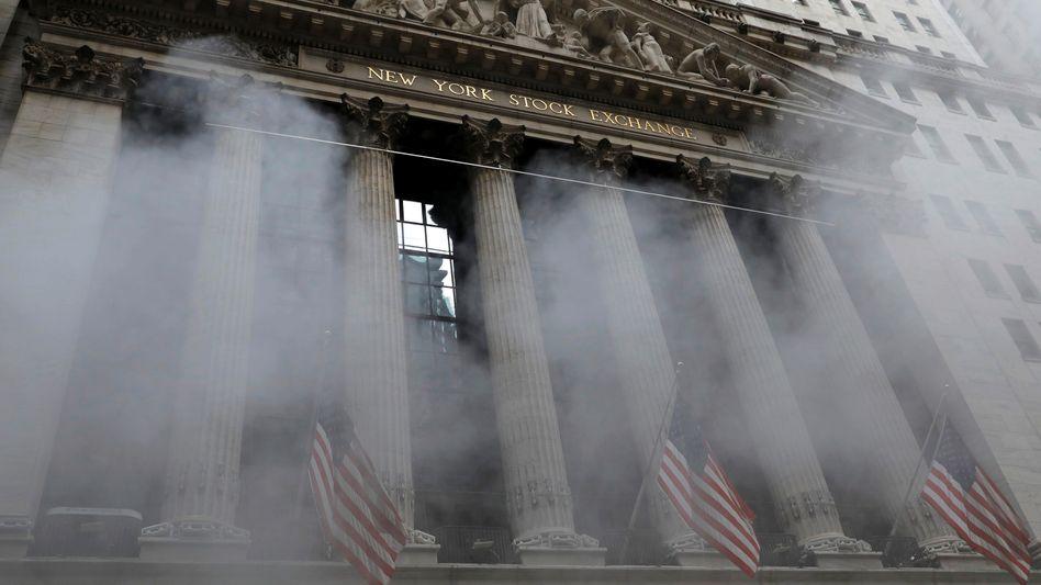 Börse im Nebel: Die New Yorker Wall Street an einem Augusttag 2021
