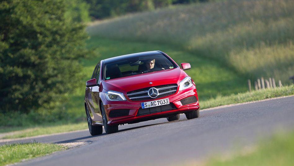 Heißer Streit ums Kältemittel: 4500 Mercedes-Neuwagen, darunter auch viele Modelle der A-Klasse, können Frankreichs Händler derzeit nicht zulassen