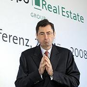 HRE-Chef Funke: Politiker aller Parteien fordern seinen Rücktritt