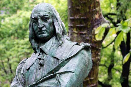 Der wohl berühmteste Holländer in der Geschichte New Yorks: Im Hof der St. Mark's Church-in-the-Bowery erinnert ein Denkmal an den letzten niederländischen Gouverneur Peter Stuyvesant