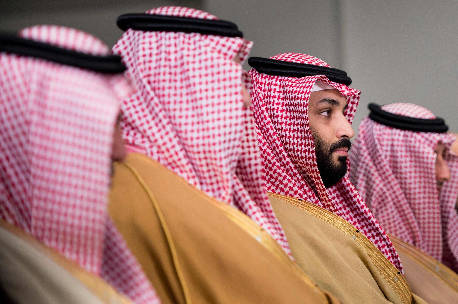 US Defense Secretary Jim Mattis welcomes Saudi Crown Prince Mohammad Bin Salman to the Pentagon
