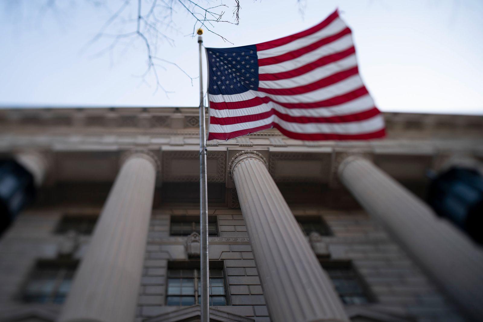 Coronavirus - USA / Flagge / Weißen Haus