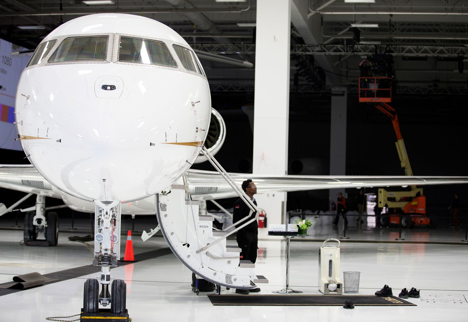 FILE PHOTO: Bombardier's Global 7500, the first business jet to have a queen-sized bed and hot shower, is shown during a media tour in Montreal