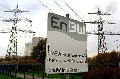Beteiligungen bald nur noch im Westen? Hinweisschild zum Atomkraftwerk Philippsburg, dass von EnBW betriebenen wird