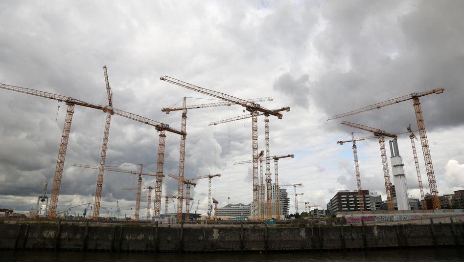 Die deutsche Wirtschaft wird sich von der Corona-Krise wohl langsamer erholen als zunächst angenommen
