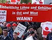 Massenarbeitslosigkeit: Nur mit hohen Subventionen lassen sich im Osten Deutschlands Investitionen anlocken
