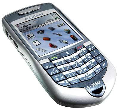 Schlanker Handy-Klon: Der Blackberry 7100t erinnert, wie auch das Modell 7100v, stark an ein Smartphone. Bislang ist das Gerät nur für den US-Markt vorgesehen. Für den Vertrieb zeigt sich dort die US-Tochter der deutschen T-Mobile verantwortlich - gibt es das Modell 7100t also auch bald in Deutschland?