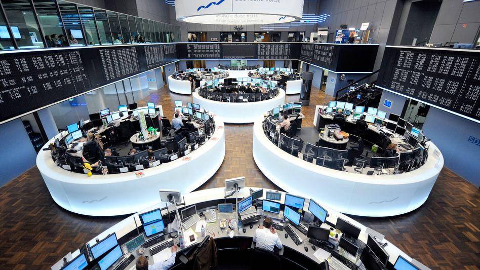 Handelssaal in Frankfurt: Anleger wagen sich wieder aus der Deckung