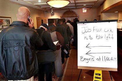 Schlange stehen nach Jobs: Die Arbeitslosenquote in den USA ist im Februar auf 8,1 Prozent geklettert